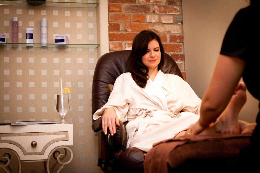 pedicure manicure and foot massage