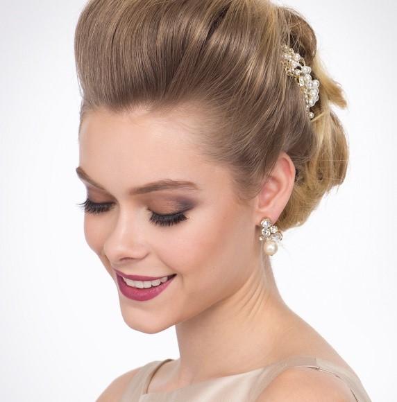 bold beauty modern bride makeup